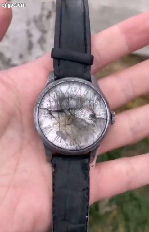 یه ویدیو از تعمیر کردن ساعت مچی تیسوت قدیمی صدمه دیده، قابل توجه برخی ام دی اف کاران به دقت ظرافت تع